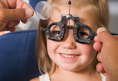 pediatric-eye-exam